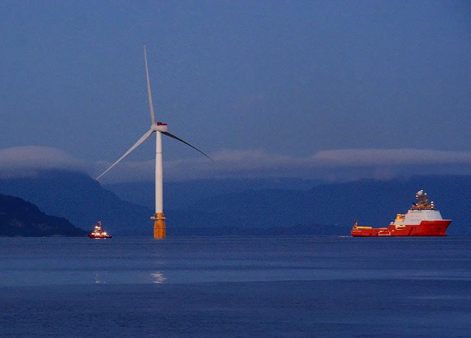 hywind scotland first turbine leaves for site credit statoil